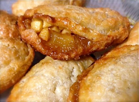 apple empanada