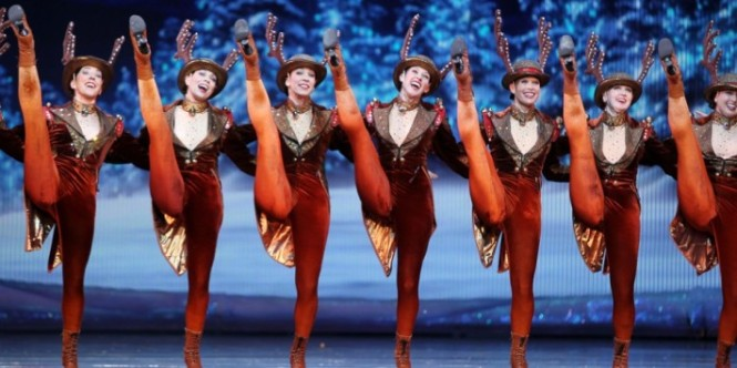 The-Rockettes-dancers-perform-on-opening-night-of-the-2012-Radio-City-Christmas-Spectacular-at-Radio-City-Music-Hall-in-New-York-on-November-13-2012.-Amanda-SchwabStarpixAssociated-Press-960x6401-710x355